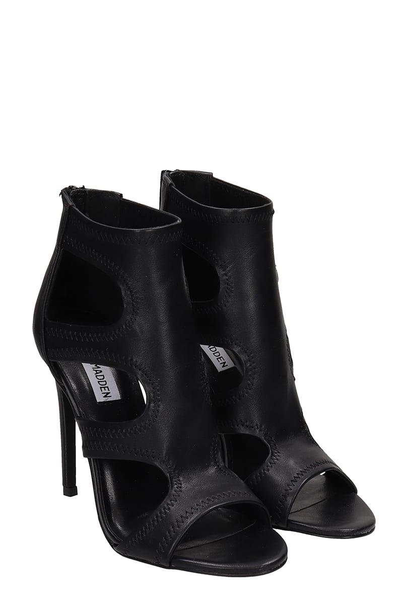 Steve Madden Black Leather Domm Sandals