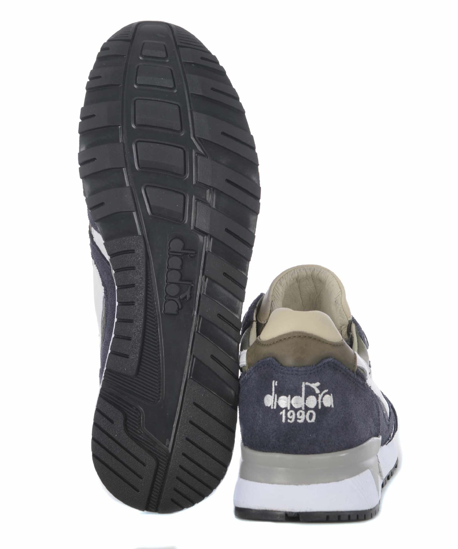 brand new b585c 57c4d N9000 Sneakers