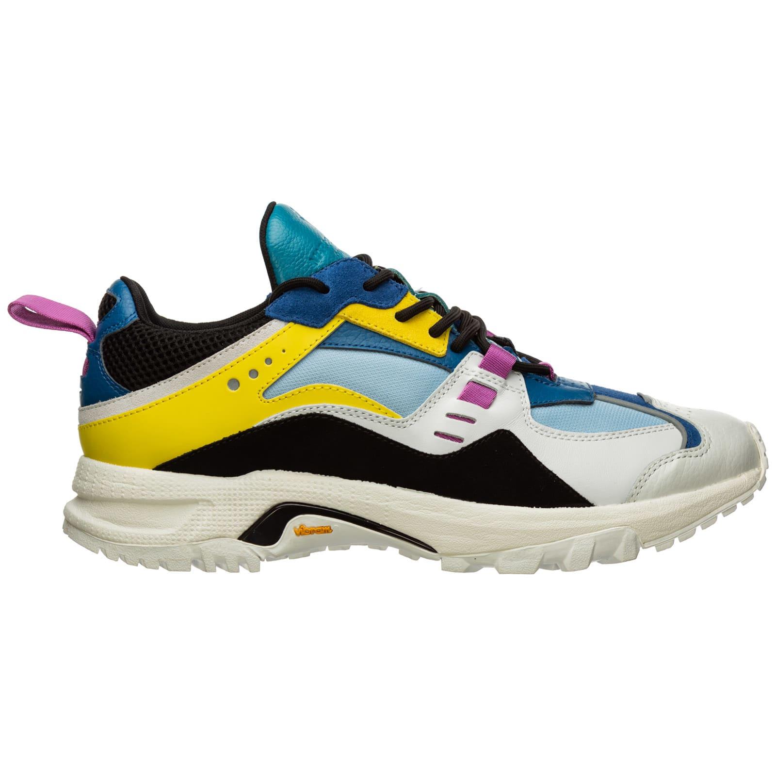 Cross Sneakers