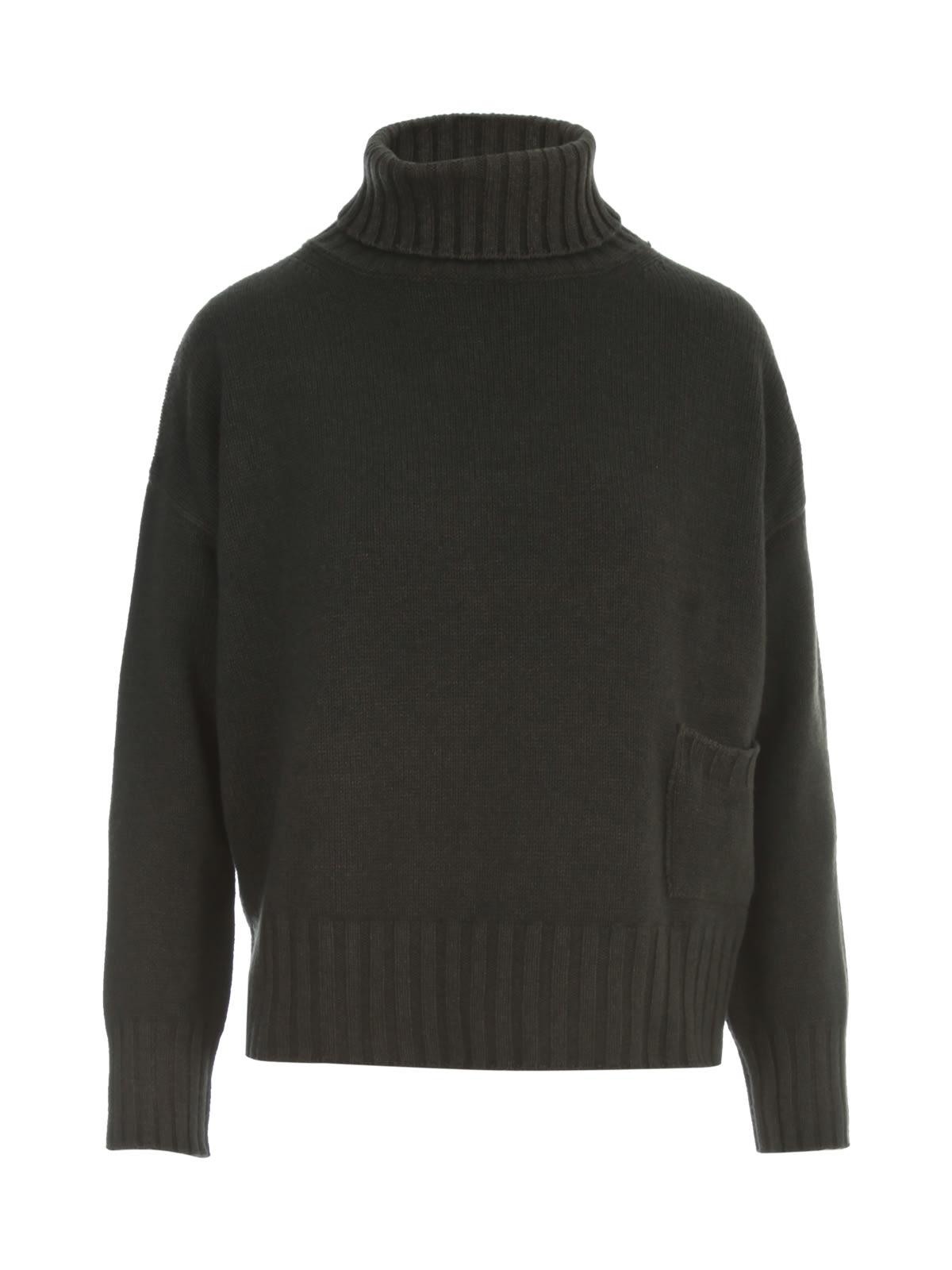 Oversized Turtle Neck Sweater W/pocket