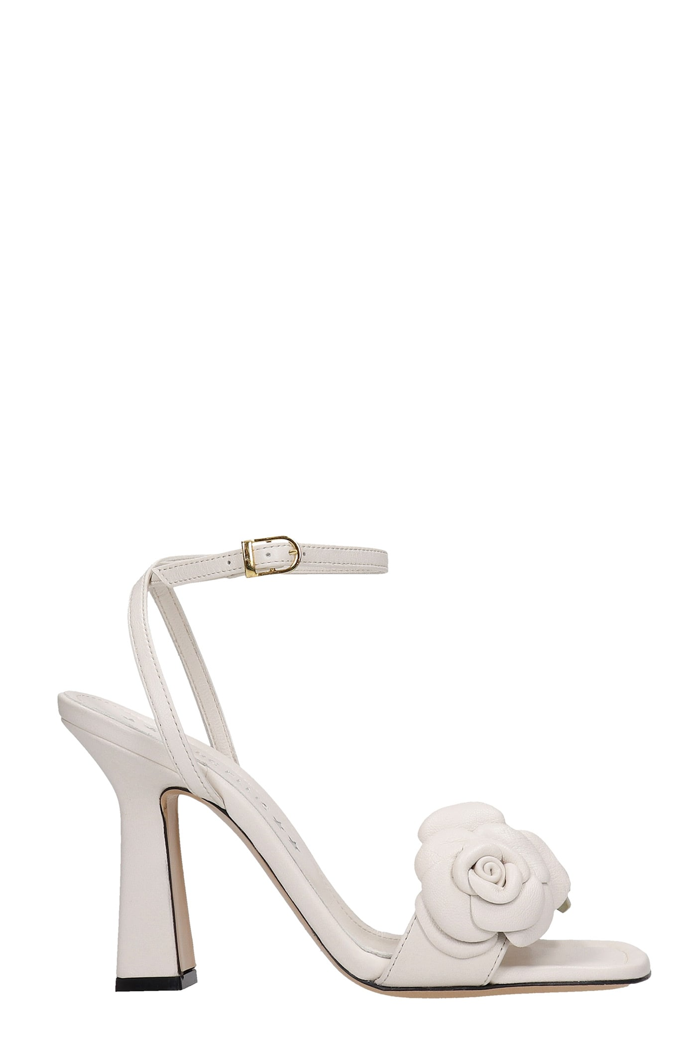 Emily Sandals In Beige Leather