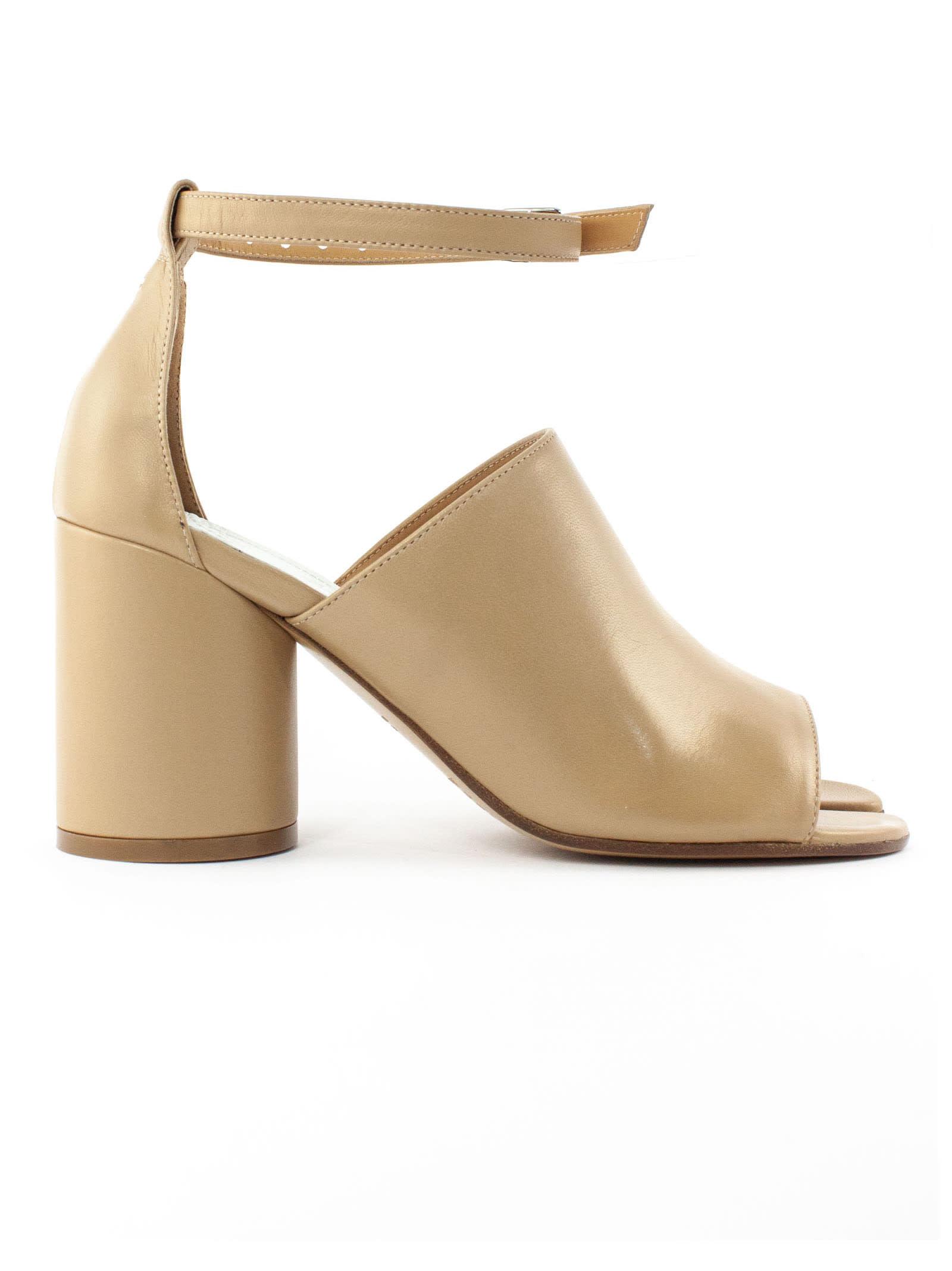 Buy Maison Margiela Beige Leather Open Tabi Toe Sandals online, shop Maison Margiela shoes with free shipping