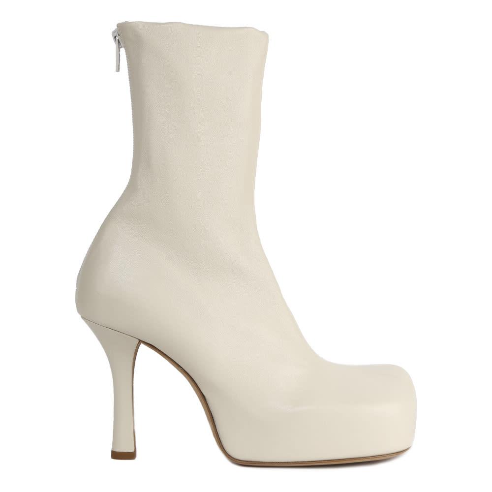Buy Bottega Veneta Square Toe Ankle Boot online, shop Bottega Veneta shoes with free shipping