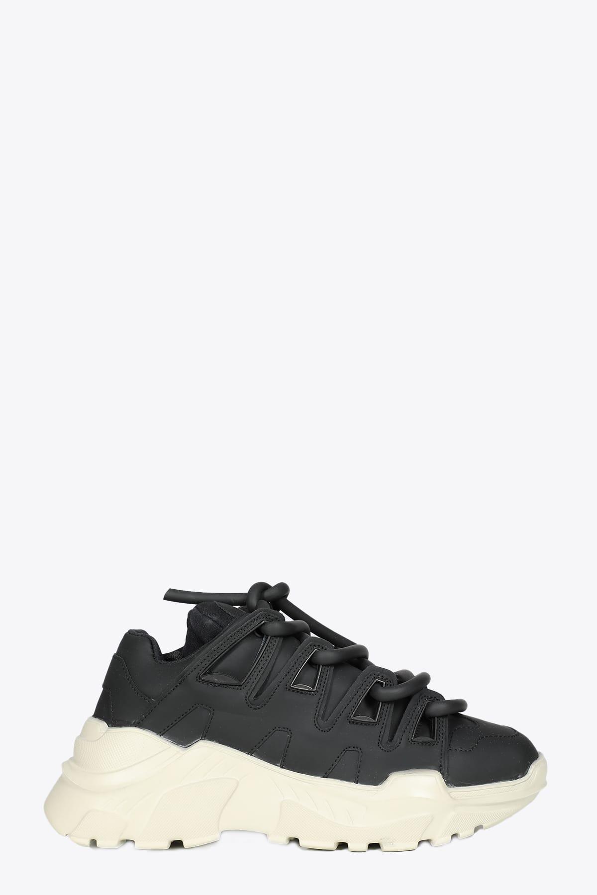 Black Leather Ozzy Sneaker