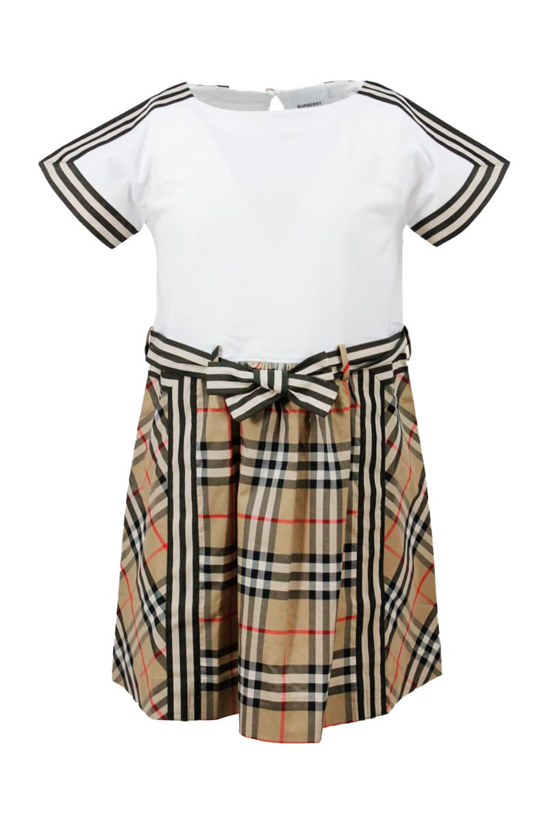 Burberry Short Sleeve Dress With Bow At The Waist With Chesck Lower Part