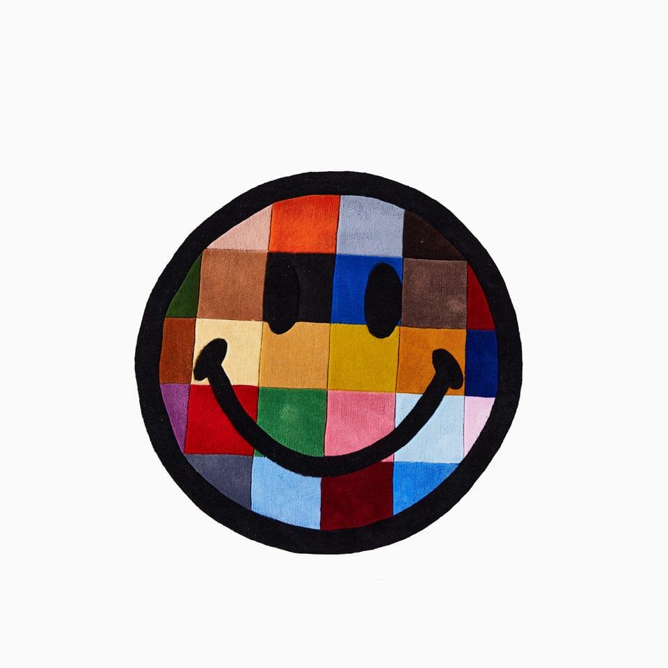 Smiley Color Tile 260217